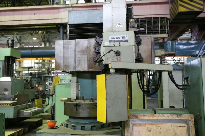 Vertical turning lathe TOS HULIN SKIQ 12 CNC B
