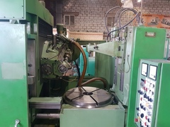 Gear hobbing machine LIEBHERR L902
